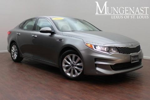 Pre-Owned 2017 Kia Optima EX